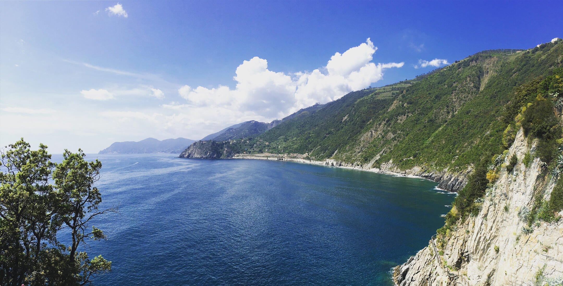 Panorama della costa di Corniglia vista da Manarola