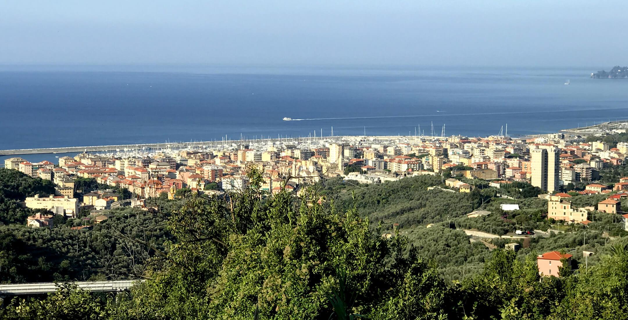 Vista del borgo di Lavagna