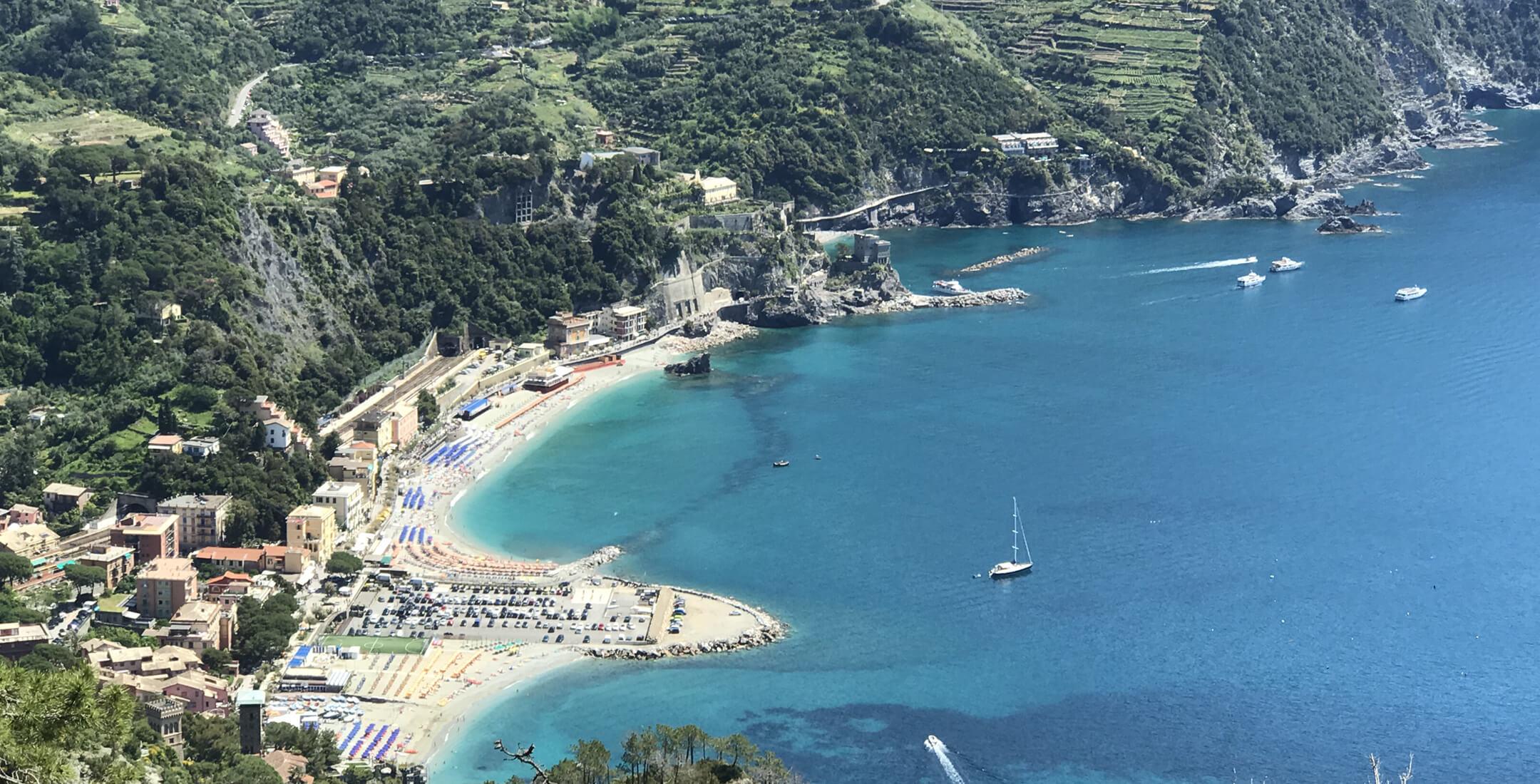 Vista di Monterosso dal Sentiero per Levanto